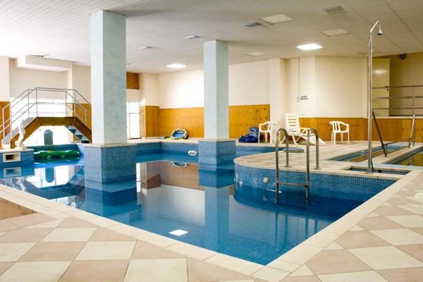 Centro benessere hotel farnese tabiano terme - Piscina termale salsomaggiore ...